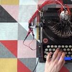 Videó: Dobgépet csinált a 90 éves írógépből, az eredmény lenyűgöző lett