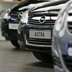 1 milliárdos profitra hajt az Opel