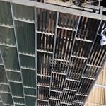 Biztosítás nélkül mászott meg egy több mint százméteres toronyházat egy extrémsportoló – videó