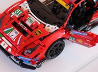 Versenyautó a nappaliban: összeraktuk az első Lego Technic Ferrarit