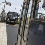 Egy tudományos indok, hogy miért adhatod át a helyed a buszon a rászorulóknak