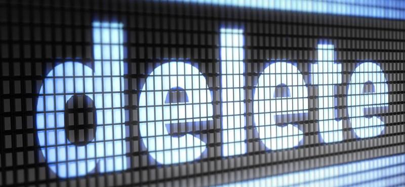 Despedir a un empleado del banco, tomar represalias eliminando 21 gigabytes de datos del sistema de la empresa.