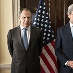 Lavrov a grúziaihoz hasonló bevonulással fenyegeti Ukrajnát