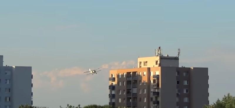 Videó: Épphogy kikerülte a panelházat a permetezőrepülő Nyíregyházán