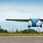 Szlovákiából jön a repülő autó