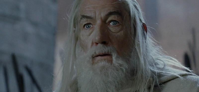 Van egy jó hírünk, ha látni akarja, ahogy Ian McKellen élőben játssza el Gandalfot