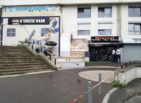 Lelőttek egy pincért Párizsban, mert lassan hozta ki a szendvicset