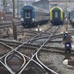Bombariadó Debrecenben: a vonatok sem járnak
