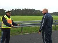 Látni akarja az áldozatot? Nem? Akkor, miért fotóz? – Egy magyar sofőrre is kiakadtak a német rendőrök