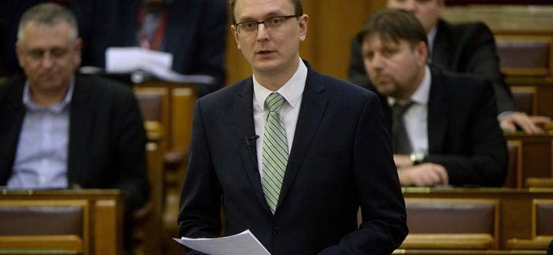 """Rétvári: """"Hívő keresztény politikus nem támogathatja a halálbüntetést"""""""