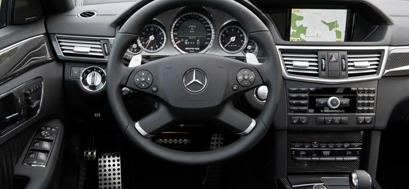 Top 5: a legmegbízhatóbb felsőkategóriás autók 2012