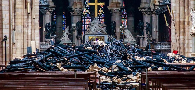 Ki fizetne, ha Magyarországon égne le egy templom?