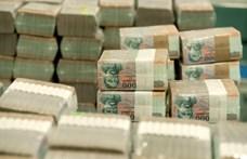 KSH: Majdnem 450 ezer forint volt a decemberi átlagkereset