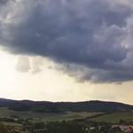 Érkeznek a viharok, riasztást is kiadtak