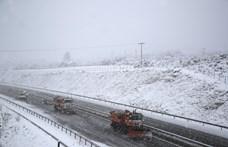 Kilenc megyére adtak ki figyelmeztetést a hó miatt