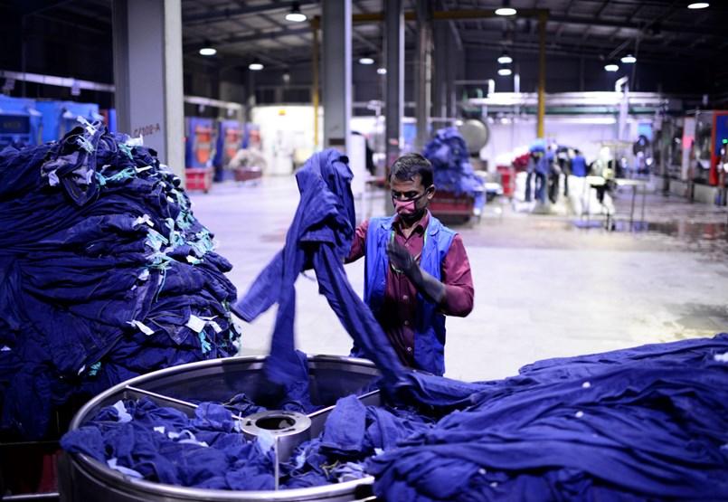 Elbúcsúzhatunk a szuperolcsó ruháktól a járvány miatt?