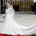 Katalin hercegnő esküvői ruháján gazdagodik a brit korona