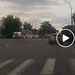 Ennél oroszosabb baleset nem történhetne közúton – videó