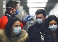 A kormány a boltokat ellenőrzi, Erdélyben is megjelent a betegség – koronavírus-hírek percről percre