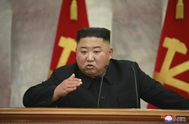Észak-Korea egy csoda: állítólag még mindig nem találtak koronavírus-fertőzöttet