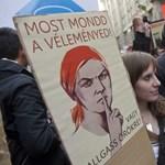 A tanárok is a keretszámok ellen tiltakozó egyetemisták mellé álltak