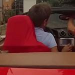 Nincs cikibb, mint lezúzni egy Californiát a Ferrarik szülővárosában - videó