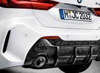 Kémfotókon az izgalmasnak ígérkező BMW M140i