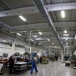 Másfél milliárd forintot kapott a jászberényi műanyagfeldolgozó