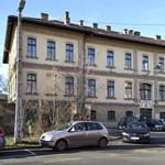 Elszállítják a Szent László kórház infektológiájáról a nem koronavírusos betegeket