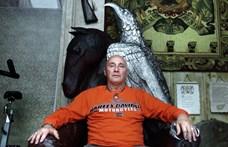 Pataky Attila a spirituális barátaival, táltosként is megünnepli születésnapját
