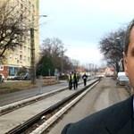 Lázár videóban számol be a vásárhelyi villamosépítésről, Orbánt is bevonná