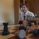 Pénteken kezdődik a harc a sakkvilágbajnoki címért
