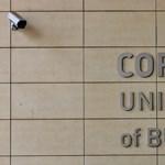 Nem adta ki a Corvinus a HÖK-alapszabályt, beperelte az Átlátszó Oktatás