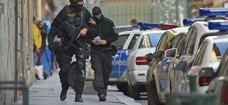 """Budapesti terrorcselekménnyel """"viccelt"""", kiment hozzá a TEK"""