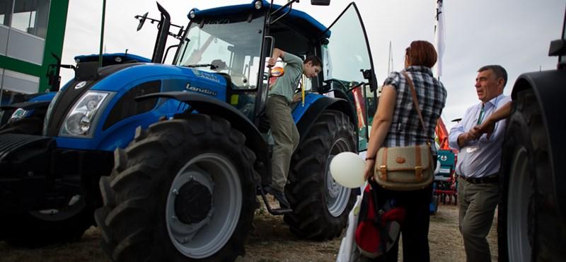 Jobban fogyott idén a traktor és a kombájn