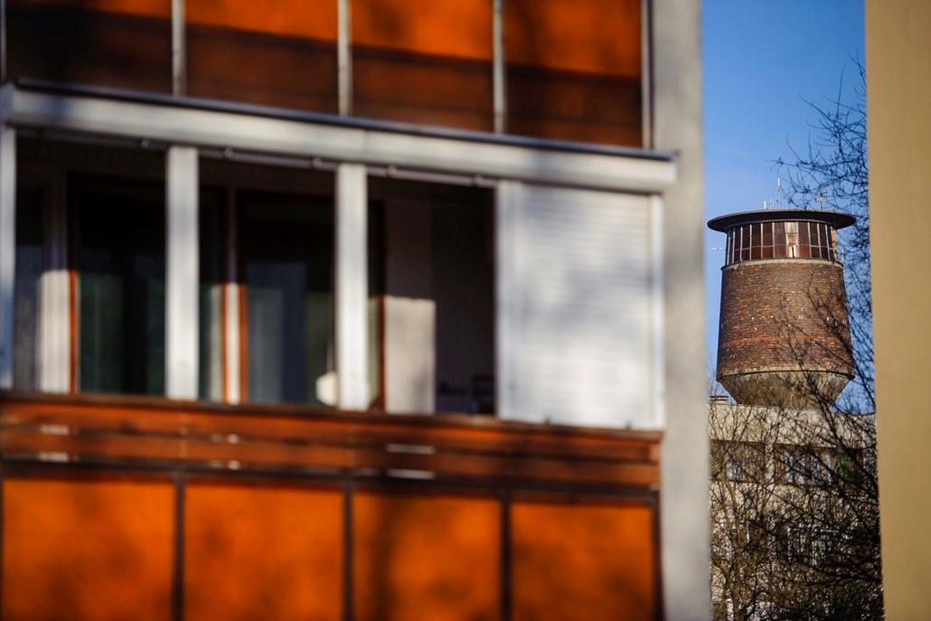 mti.17.03.21. Kiskunhalasi (mákgubó) típusú víztorony Hajdúnánáson 2017. március 17-én.  nagyítás, víztorony, víz világnapja,  Hajdúnánás