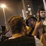 Megnyíltak a török börtönajtók, de nincs szó amnesztiáról