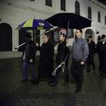 Fotó: Akasztófát állított a Jobbik Kaposvár főterén
