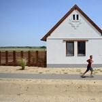 Nem épül több ház a devizahitelesek megsegítésére kitalált ócsai lakóparkban