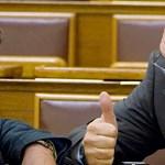 Népszava: Vissza akart térni a közéletbe a bilincsben elvitt volt fideszes képviselő