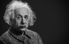 Több mint 117 millió forintnak megfelelő összegért kelt el Einstein legismertebb képletét tartalmazó levél
