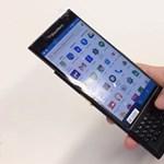 Itt az első videó a BlackBerry androidos telefonjáról