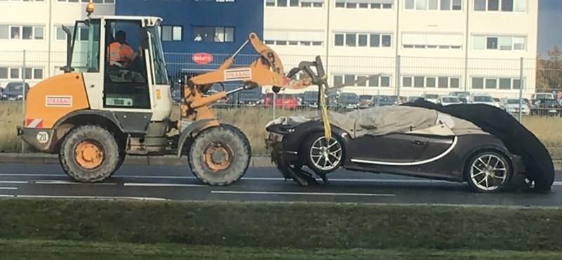 Valaki máris összetört egy Bugatti Chiront