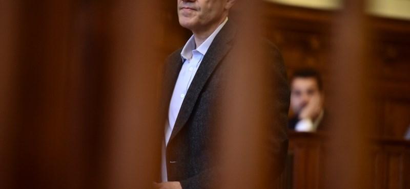 Pénzmosás miatt is vádat emelnek Tarsoly Csaba ellen