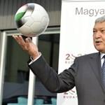 """Magyar-román: Csányi Sándor """"maga is megdöbbent"""" és elnézést kér"""