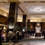 Bezárják New York legendás szállodáját