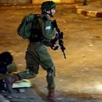 Feszült a helyzet Gázában a vérfürdő után, a palesztinok már Ciszjordániában is tüntetnek