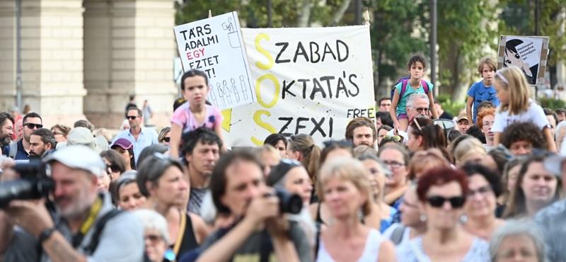 Alternatív órák és online felület segíti majd az iskolabojkottot