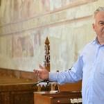 A kormánysajtó kánonban adja elő a meghurcolt Semjén Zsolt ódáját