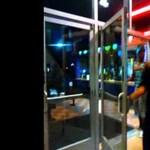 Amatőr videó a Batman-lövöldözés utáni pánikról